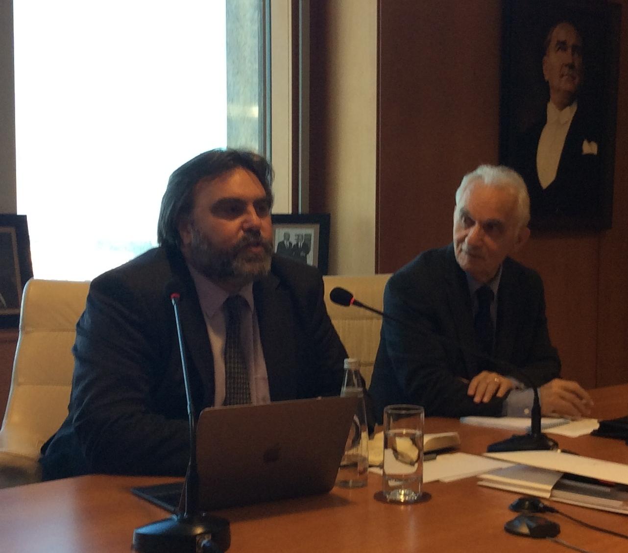 International Policy Araştırma Direktörü ve Direktör Yardımcısı Anthony Bubalo ile Yuvarlak Masa Toplantısı (http://www.gif.org.tr/events)